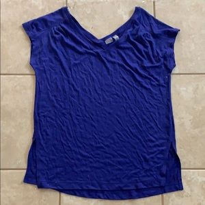 ZELLA SMALL LIGHT FLOWIE GYM TEE WORN ONCE SOFT